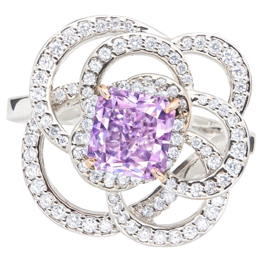 Emilio Jewelry 1.00 Fancy Vivid Pinkish Purple