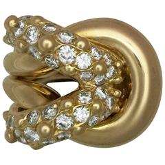 Stylish Van Cleef & Arpels Diamond Gold Slipknot Ring
