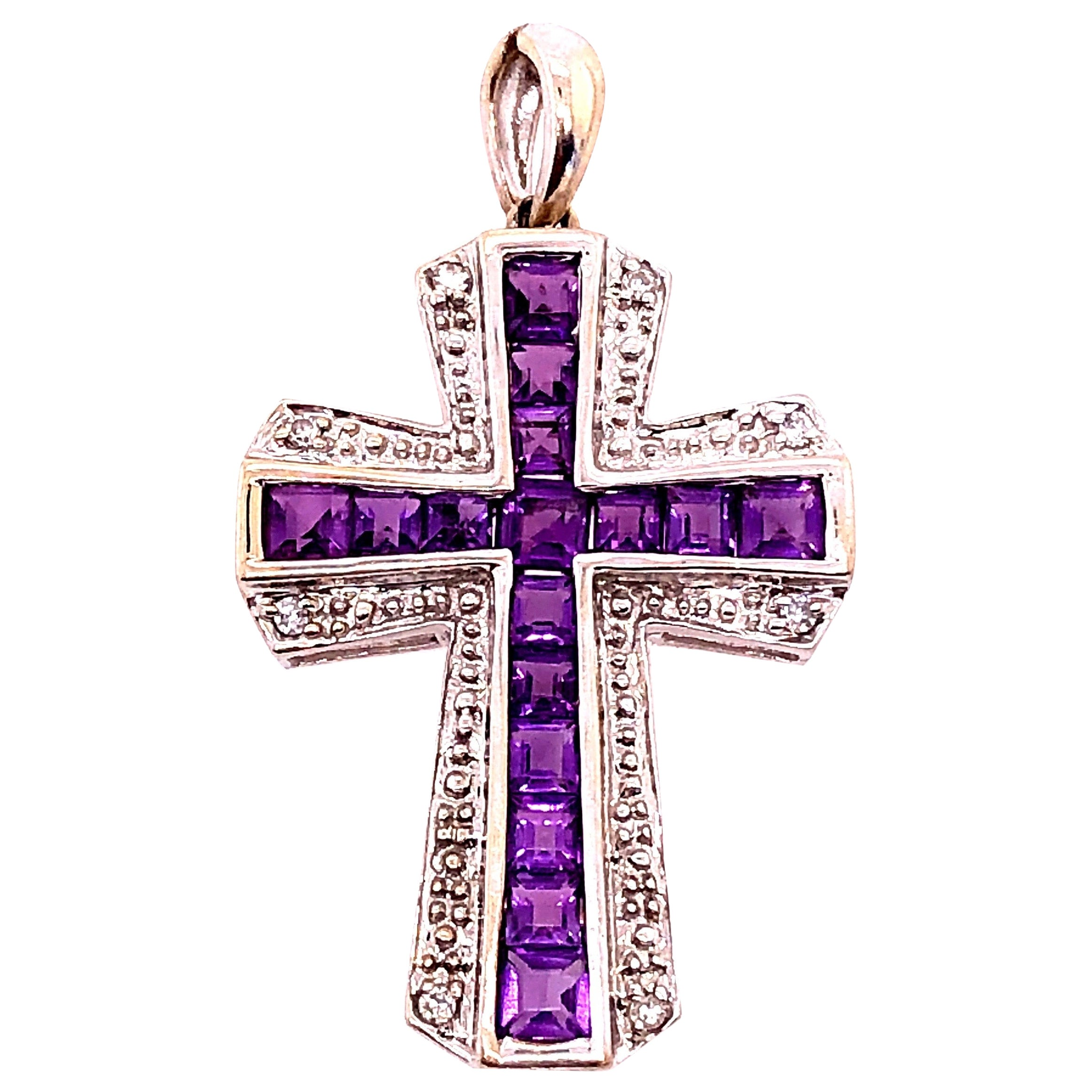 14 Karat Yellow and White Gold Charm Pendant with Diamond and Amethyst