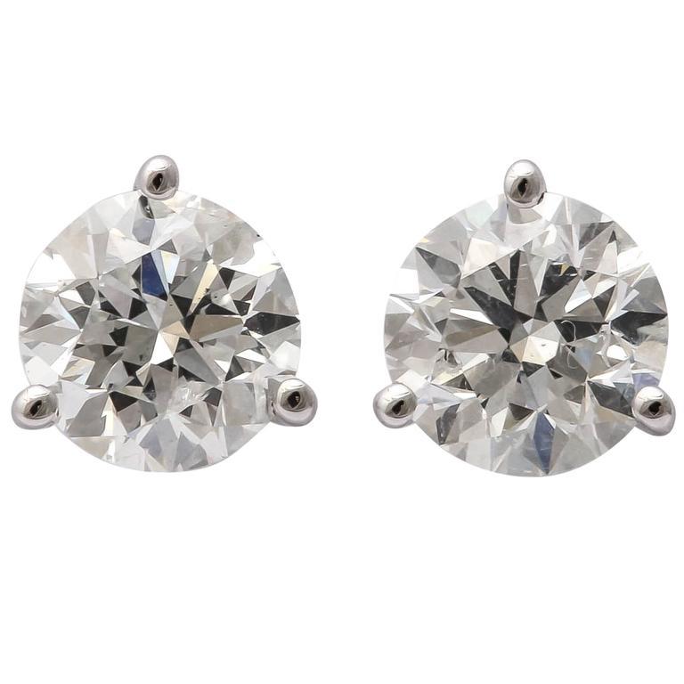 Brilliant Round Diamond Earring Studs