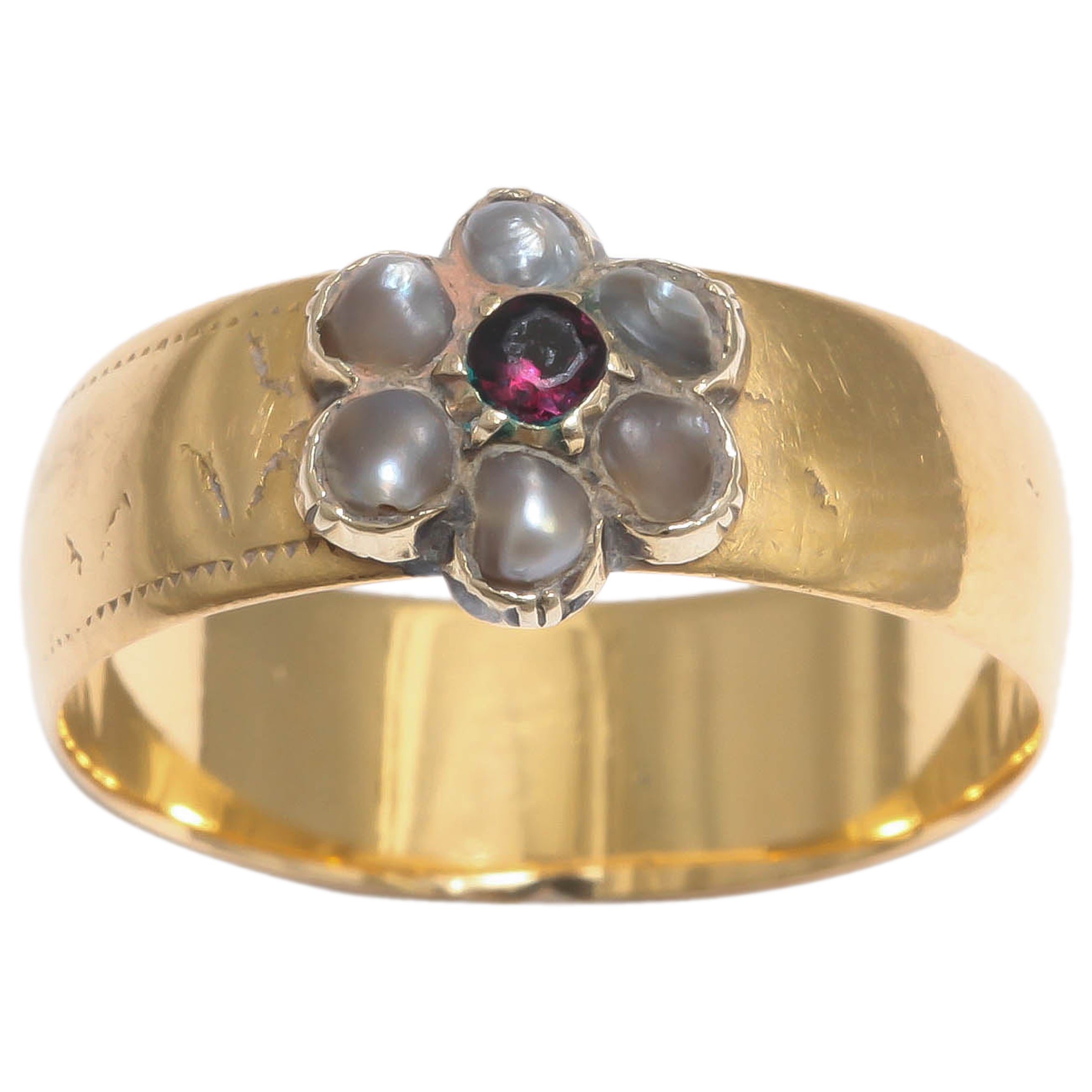 English 19th Century Pearl Gold Daisy Ring, 19th century