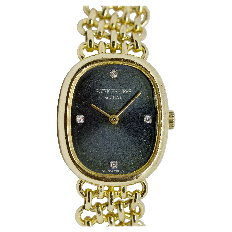 Patek Philippe Golden Ellipse Ladies Wristwatch, 18 Karat, Original Box, Papers