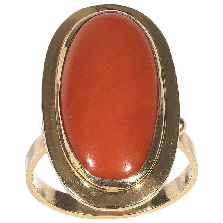 Oblong Oval Cabochon Coral Yellow Gold Ring