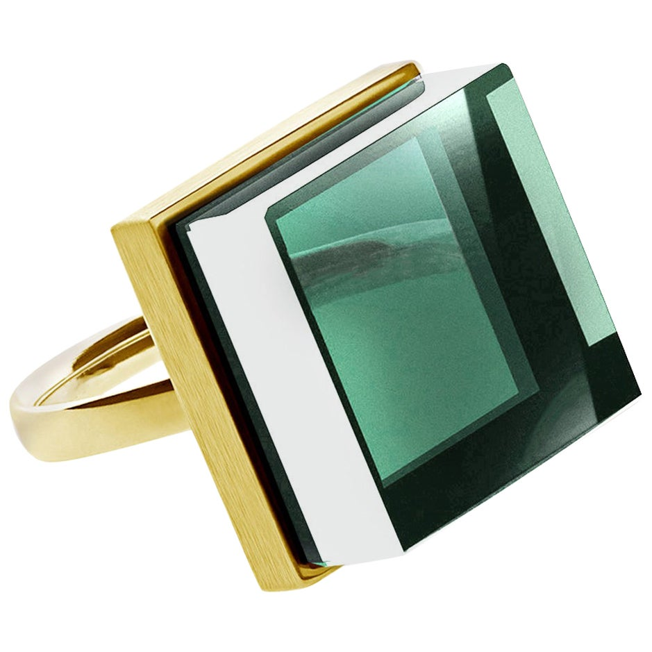 18 Karat Yellow Gold Art Deco Style Ring with Natural Green Amethyst
