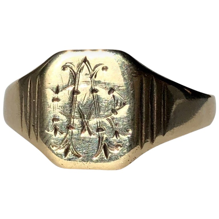 Antique 9 Carat Gold Signet Ring