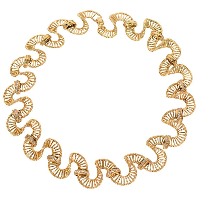 Diamond Gold Ribbon Necklace