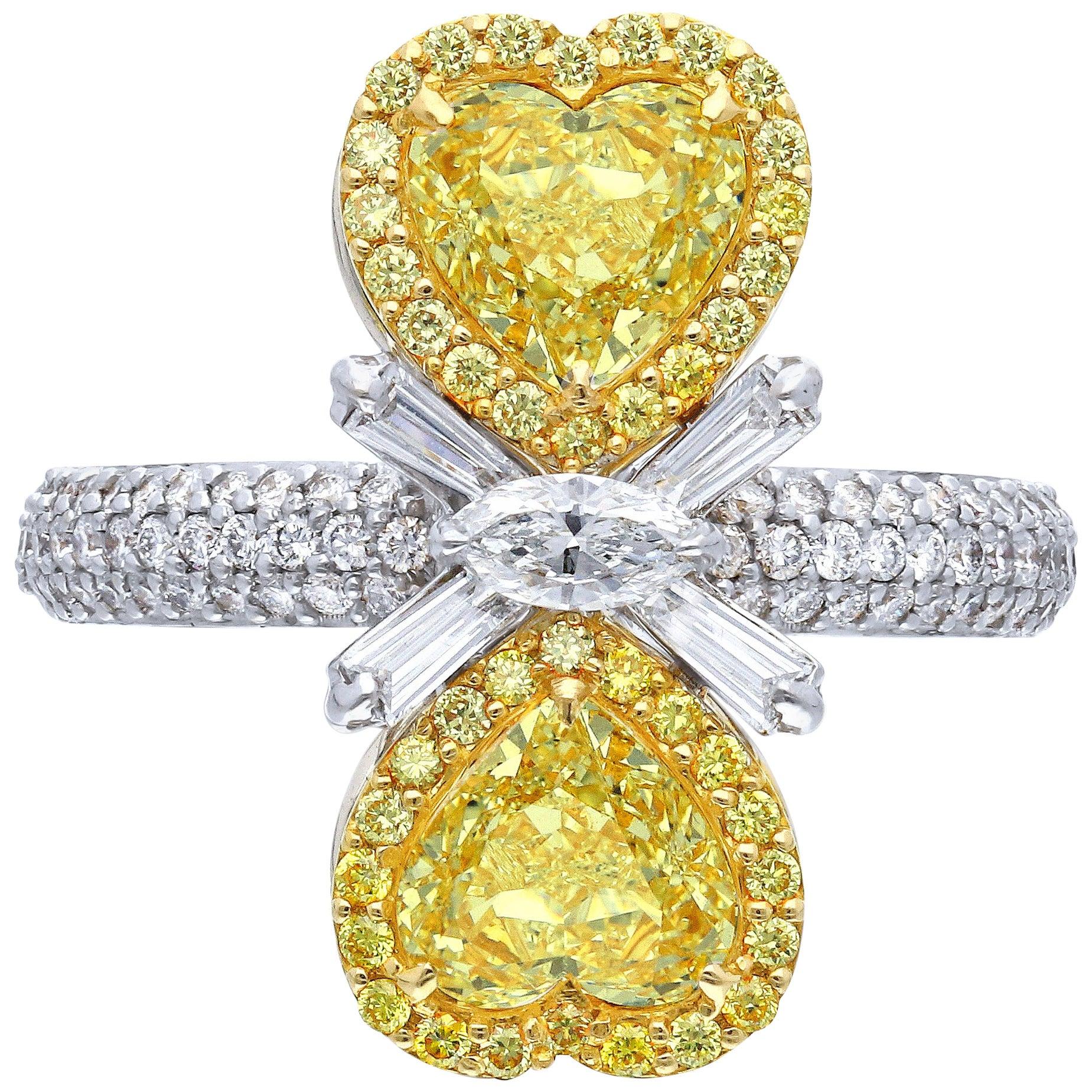 Twin Mirror Heart Canary Yellow Diamond Ring, 2.91 Carat