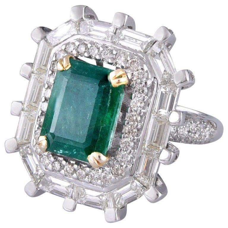 18 Karat Gold Emerald White Diamond Cocktail Ring