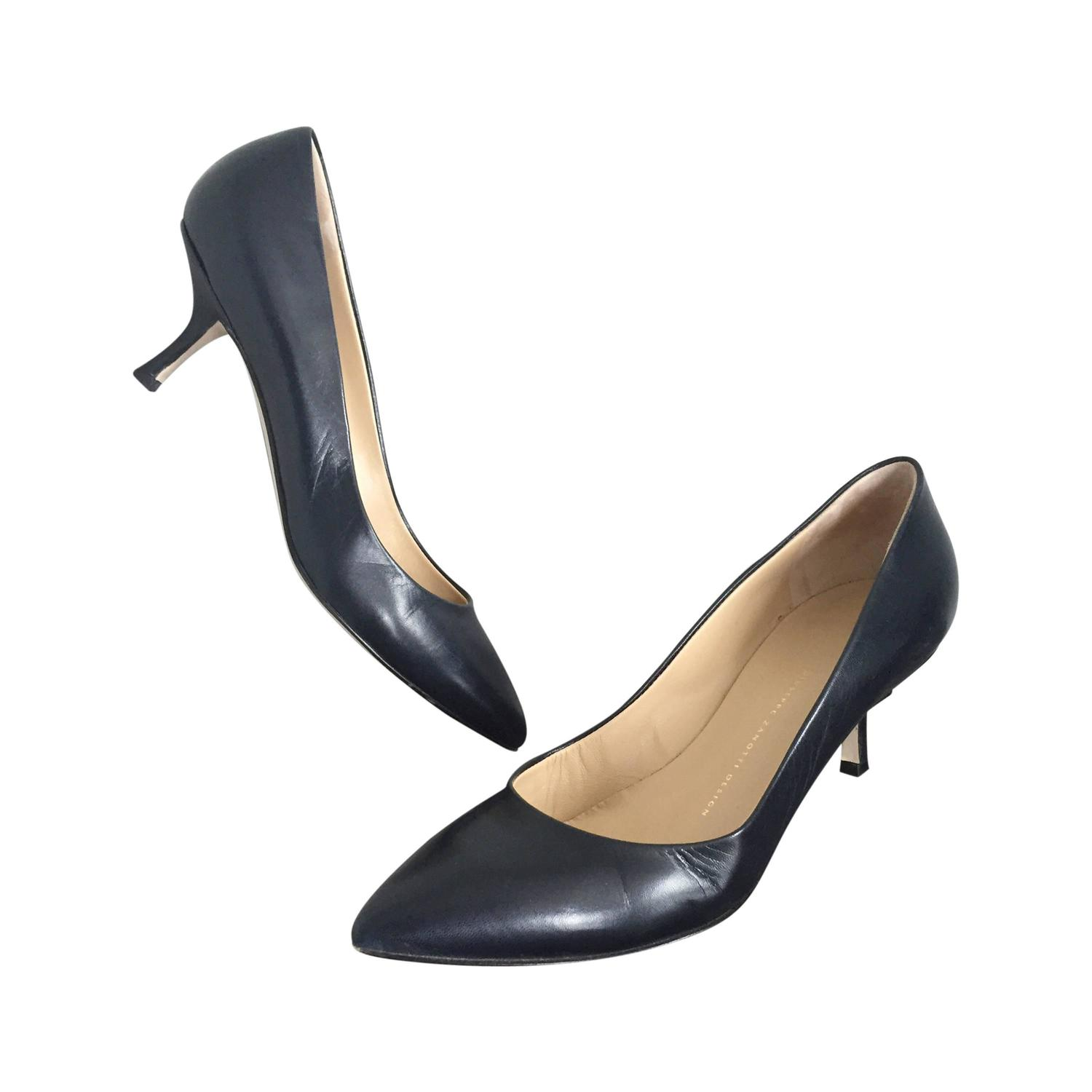 Navy Blue Kitten Heel Pumps