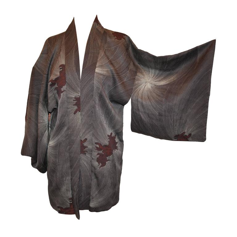 "Japanese Charcoal Gray Silk ""Starburst & Foo-Dogs"" Kimono For Sale"