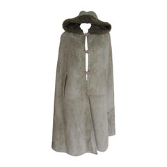 Green hooded Suede Shearling Fur Cape