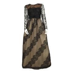 Bill Blass 70s Black Lace & Ivory Silk Taffeta Gown size 4.