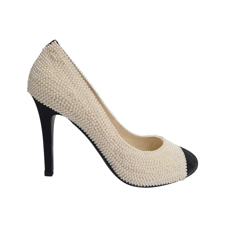 CHANEL Pearl Encrusted Spectator Pumps Cap Toe Shoes Size 40 1