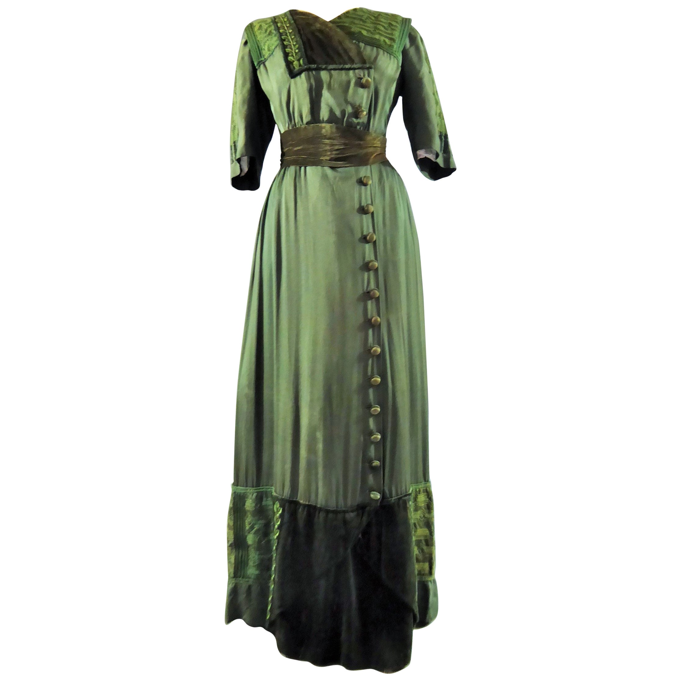 A Jean-Philippe Worth French Couture Edwardian Gown Circa 1905