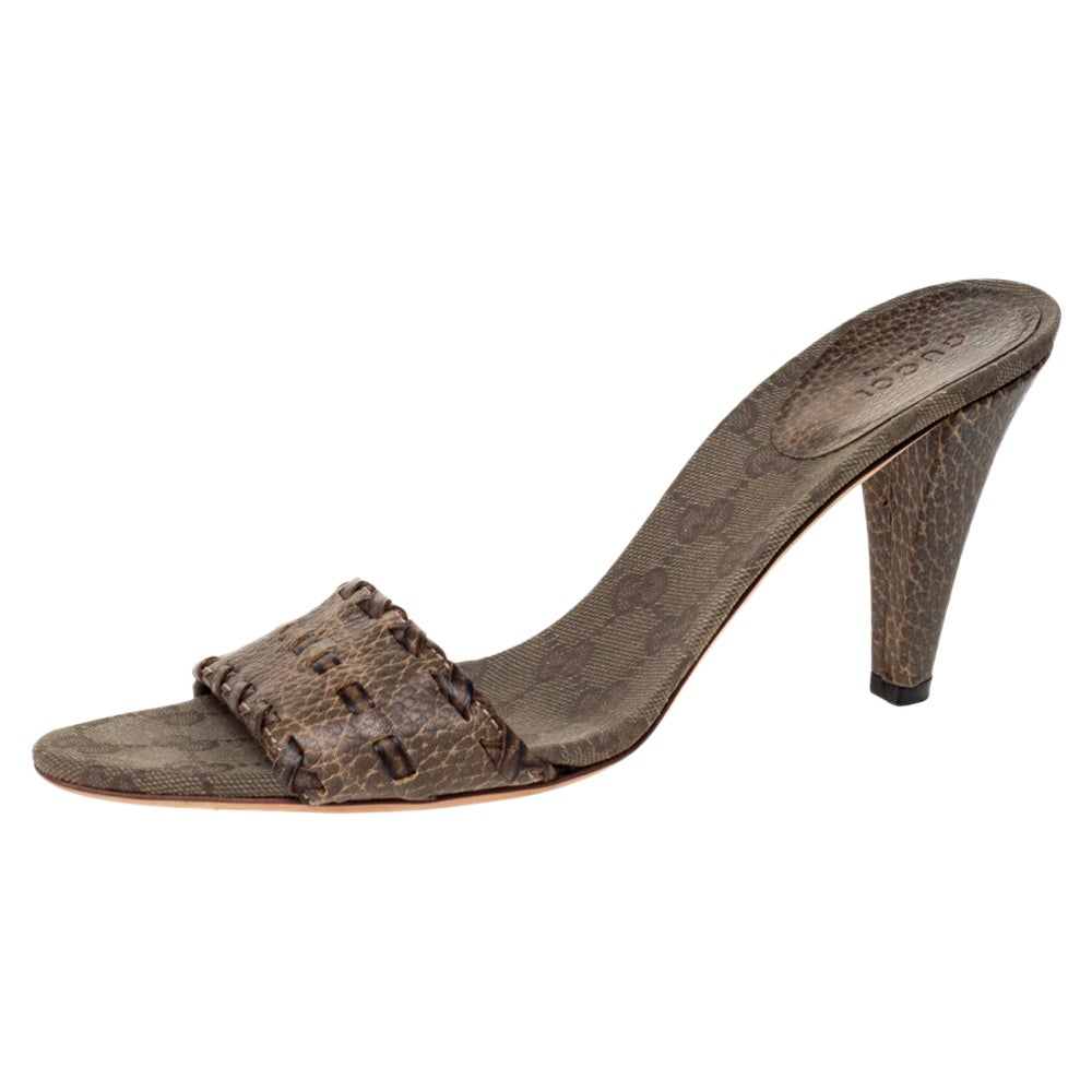 Gucci Olive Green Leather GG Open Toe Sandals Size 39