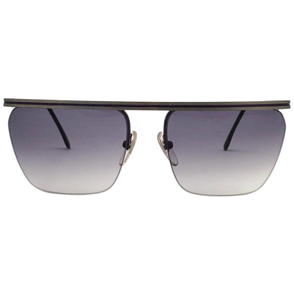 New Vintage Laura Biagiotti Oversized Half Frame Mask T46  1980's Sunglasses