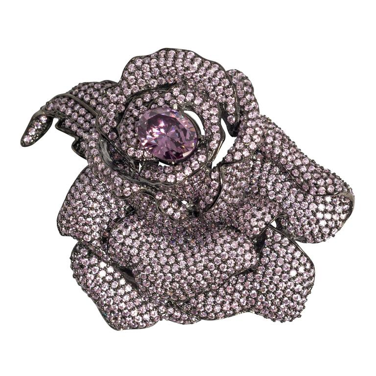 Homage to JAR Exquisite Madame du Barry Faux Lavender Diamond Rose Brooch 1