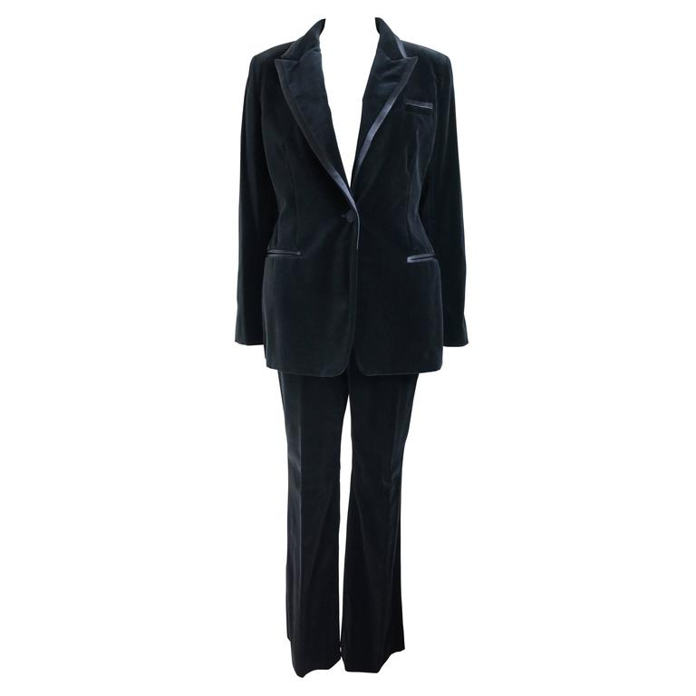 Gucci By Tom Ford Black Velvet Tuxedo Suit