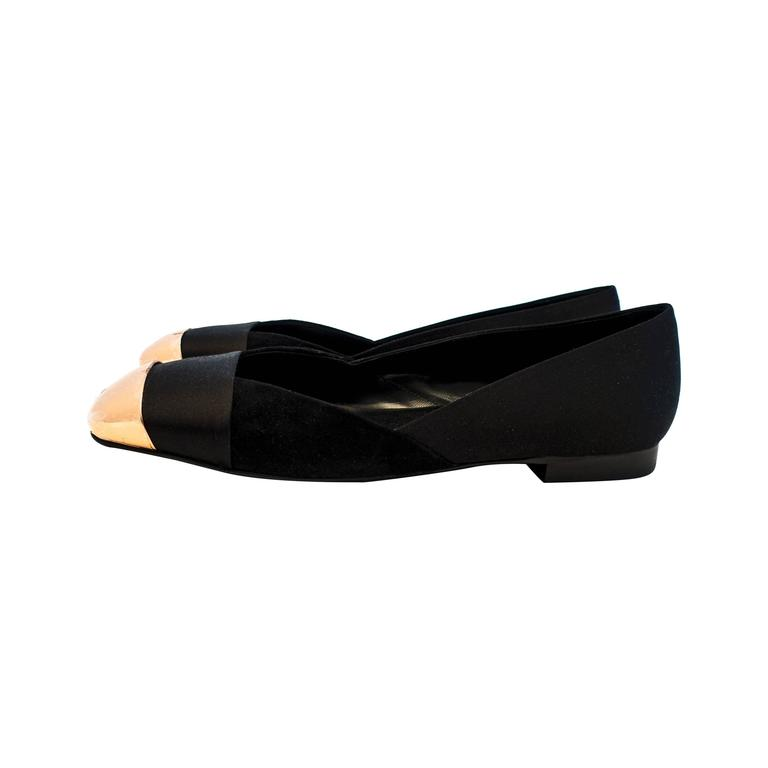 Hermes Ladies' Satin Suede Ballerina Flat Shoes 40 or 9.5 or 10 Below Retail For Sale
