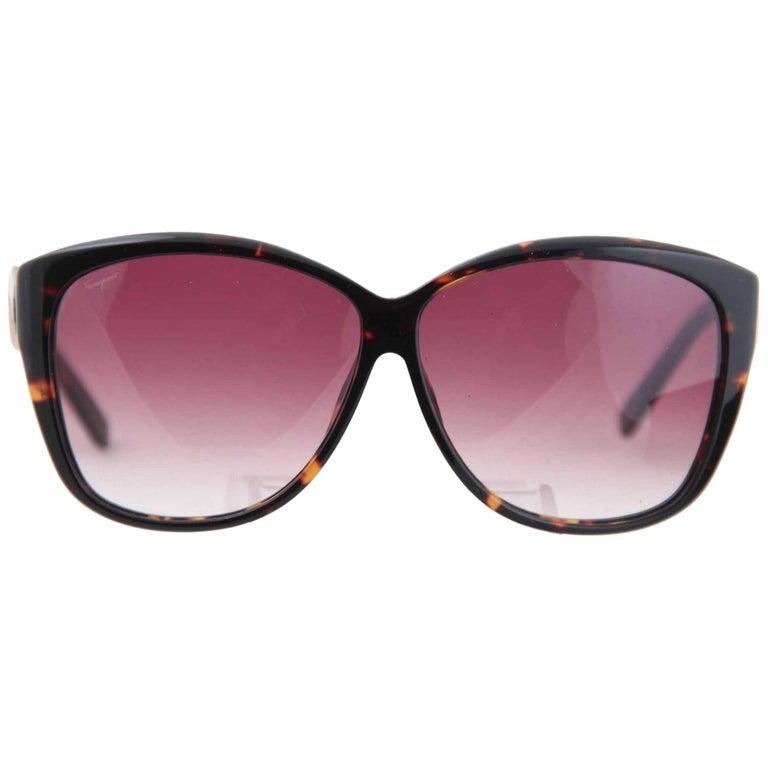 7aed98ef8a39 SALVATORE FERRAGAMO Italian SUNGLASSES SF 610S 214 130 Eyewear w/CASE For  Sale