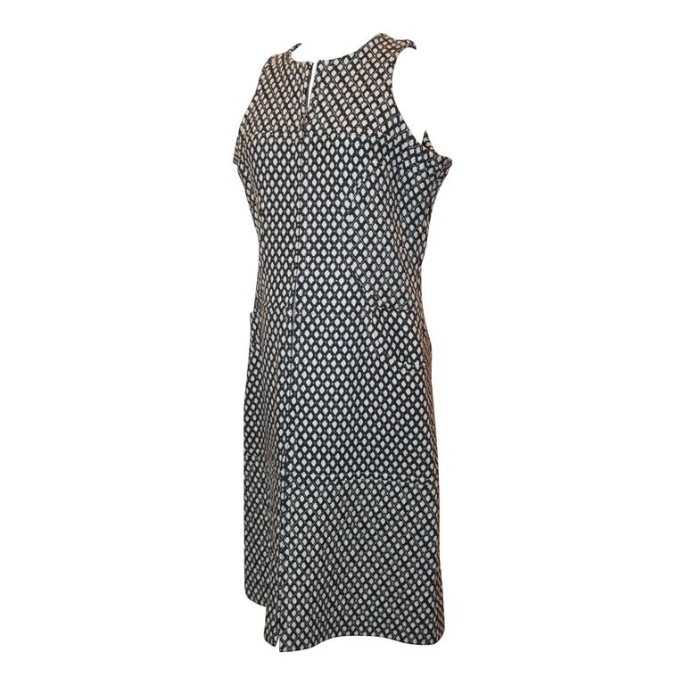Chanel Navy & White Tweed Sleeveless Shift Dress with Front Zipper & Pockets - 4 For Sale
