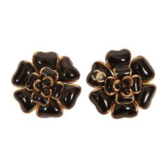 2002A Chanel Black Gripoix Camellia CC Logo Enamel Clip-On Earrings
