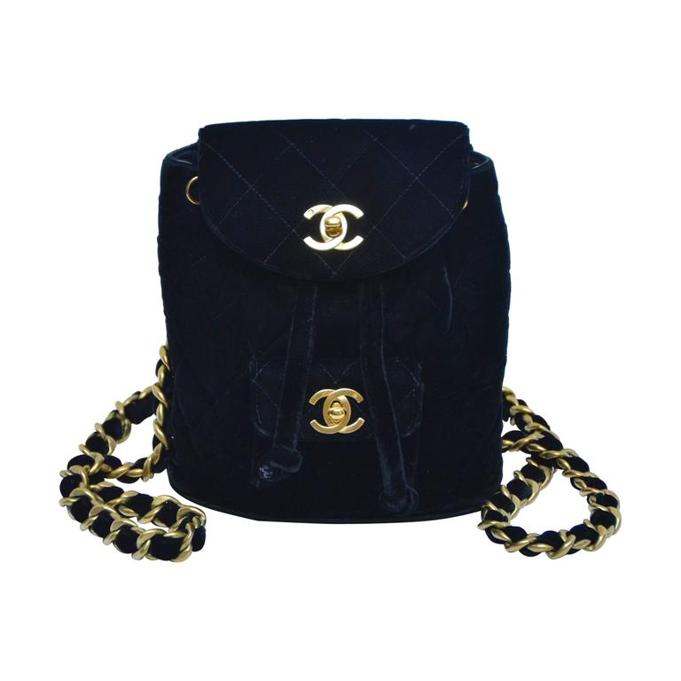 b4dc372d5153 CHANEL Super Rare Mini Velvet Backpack 1990 s MINT at 1stdibs
