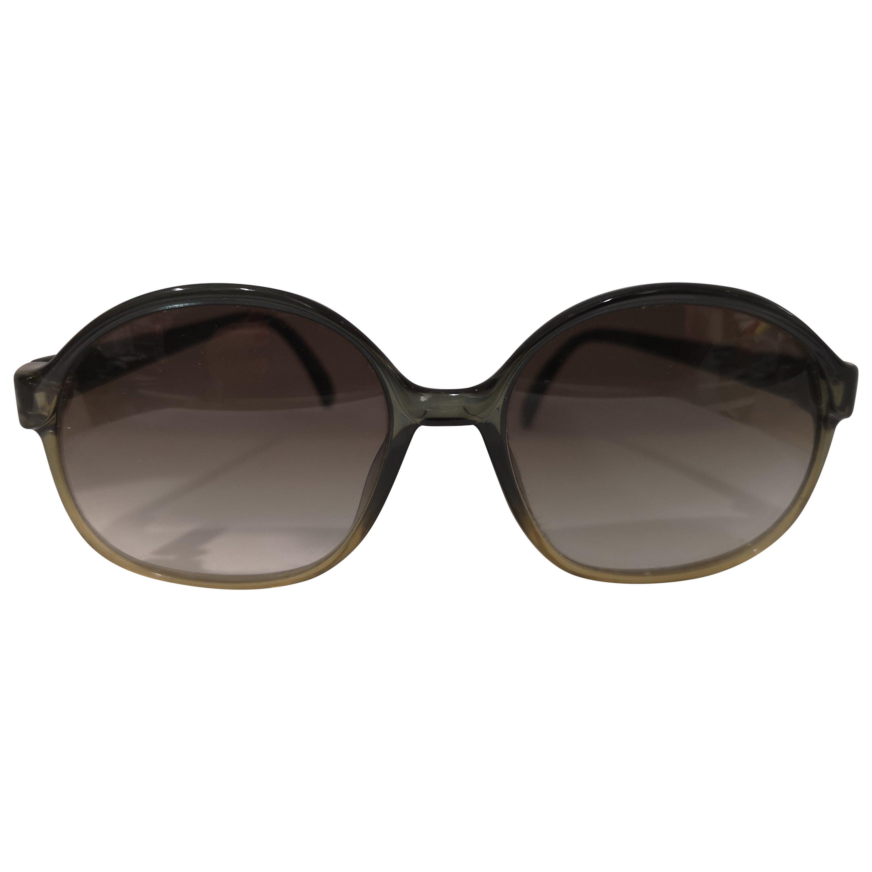 Saphire vintage green sunglasses