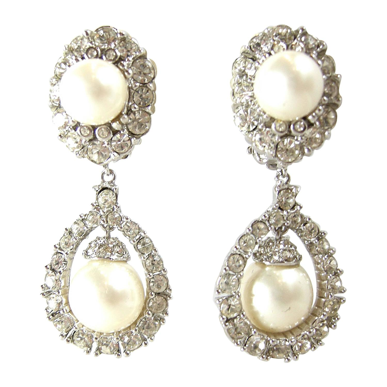 vintage signed ciner rhinestone and pearl drop earrings at