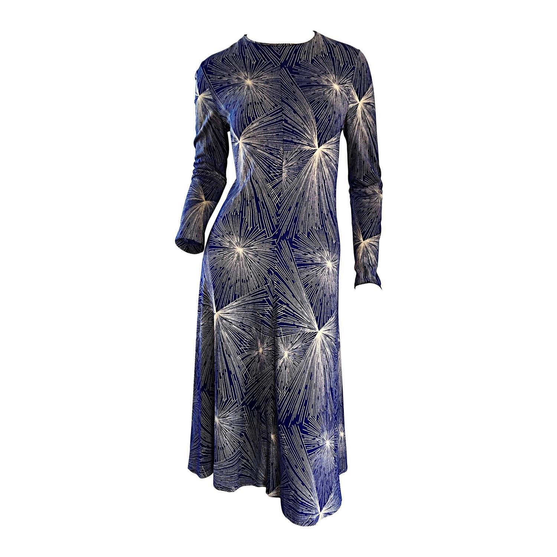 d0ad43e71c35 Important Vintage 70s Diane Von Furstenberg   Fireworks   Blue + White  Dress DVF