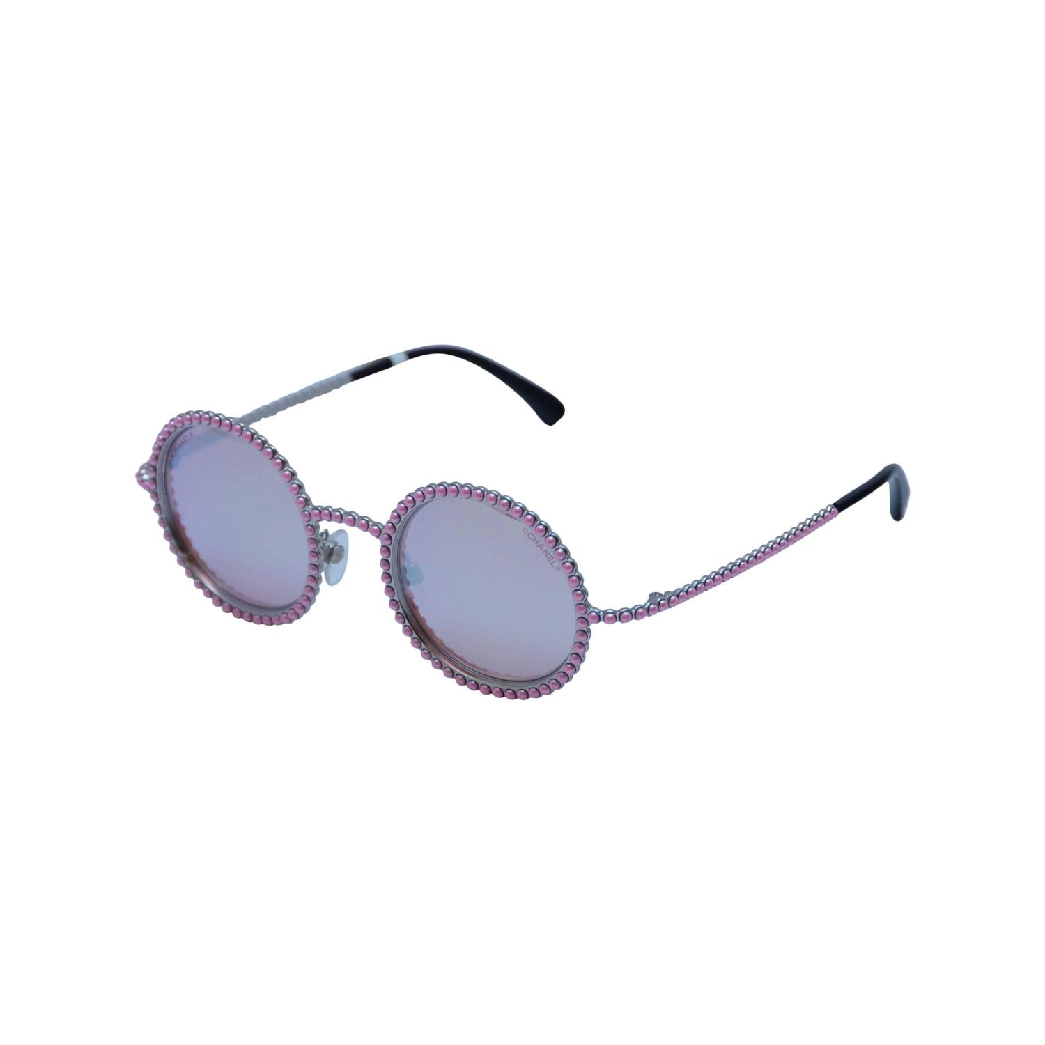 5e3ffb660d7 CHANEL PINK PEARL Sunglasses 2016 Limited Ed. Seen On Rose Depp  Collector  39