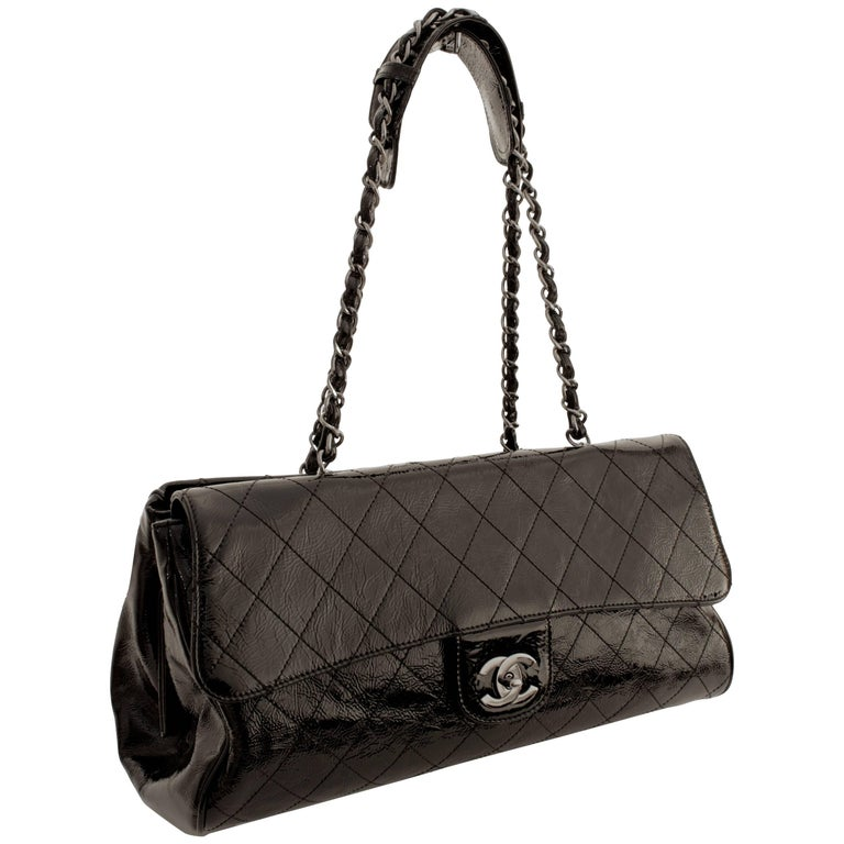 fd6fc5857524 Chanel Ritz Shoulder Bag Convertible Clutch Black Matelasse Patent Leather  For Sale