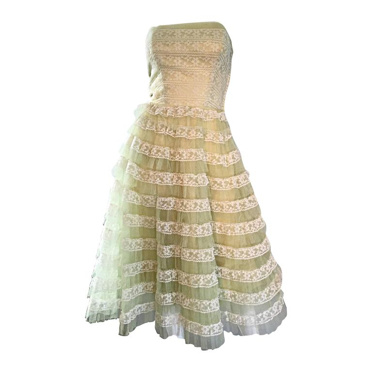 Beautiful 1950s 50s Light Green Chantilly Lace Strapless Vintage Cocktail Dress 1