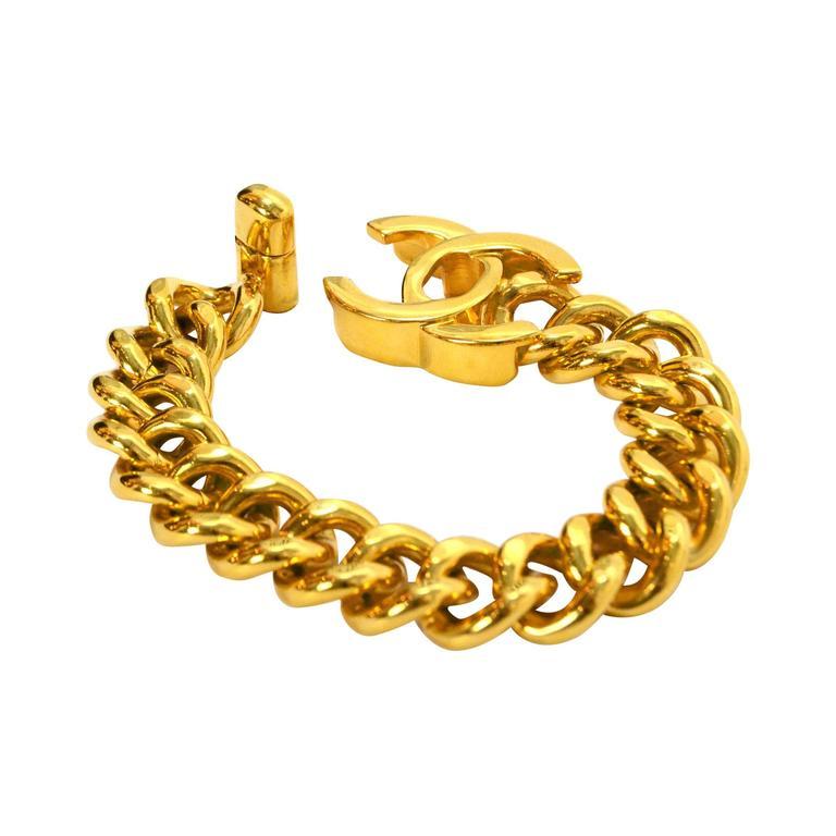 Chanel Vintage 96 Gold Cc Twist Lock Chain Link Bracelet