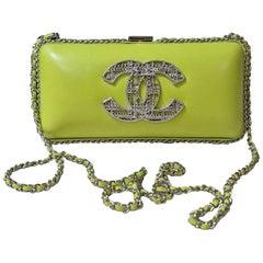 Chanel Lime Green Leather Kiss Lock CC Brooch Chain Clutch Crossbody