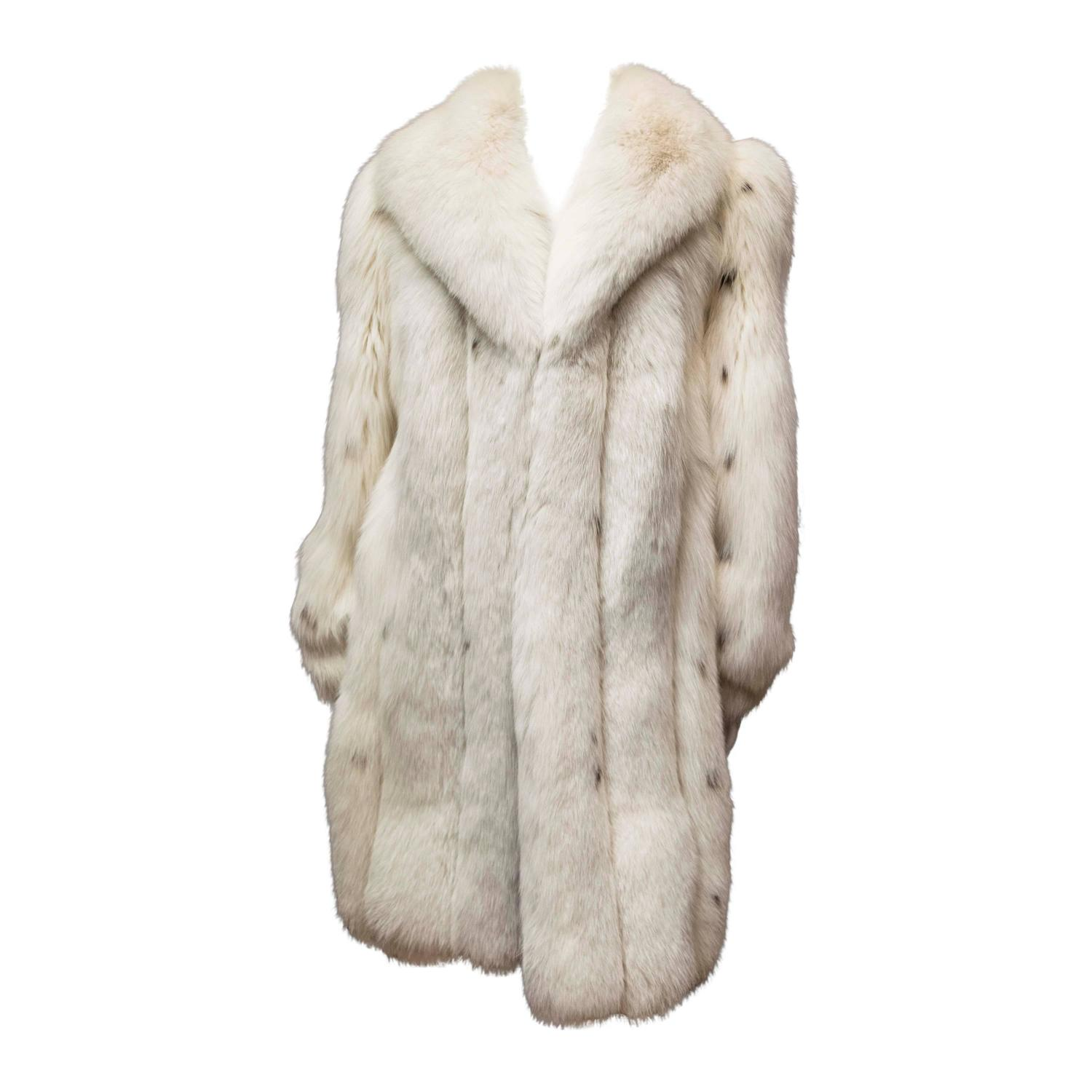 Ivory Spotted Fox Fur Coat 1
