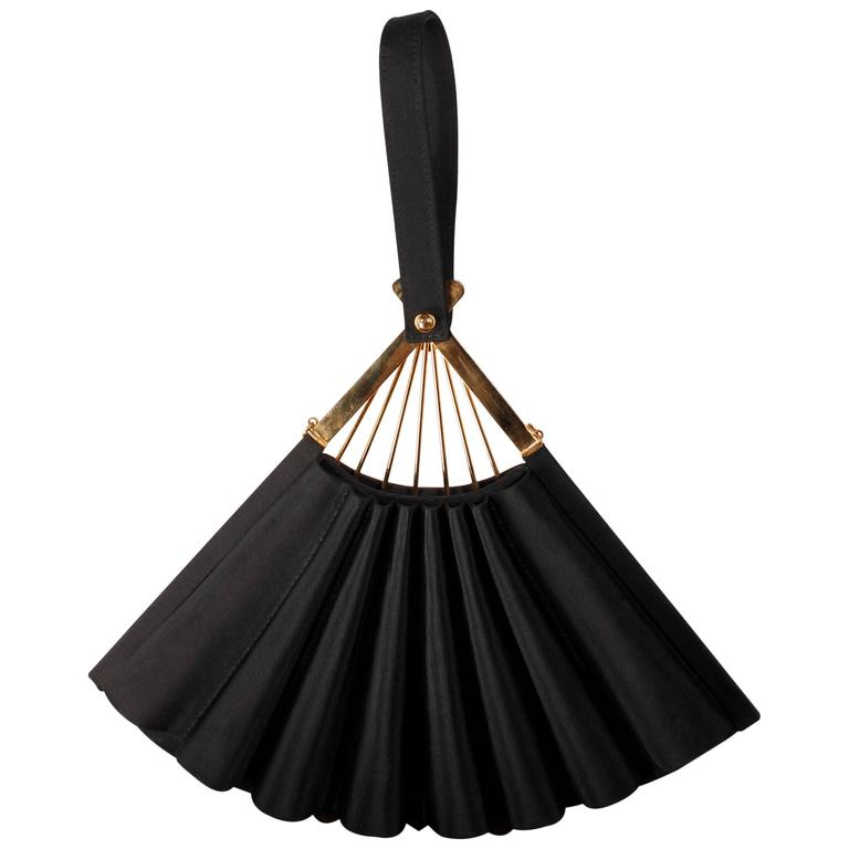 Karl Lagerfeld - Satin Fan Clutch Purse in black 1