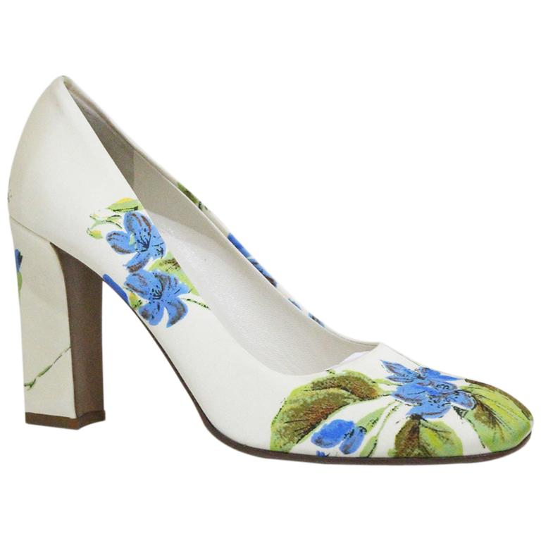 Prada silk floral pumps sz 38.5, c.1990s  For Sale
