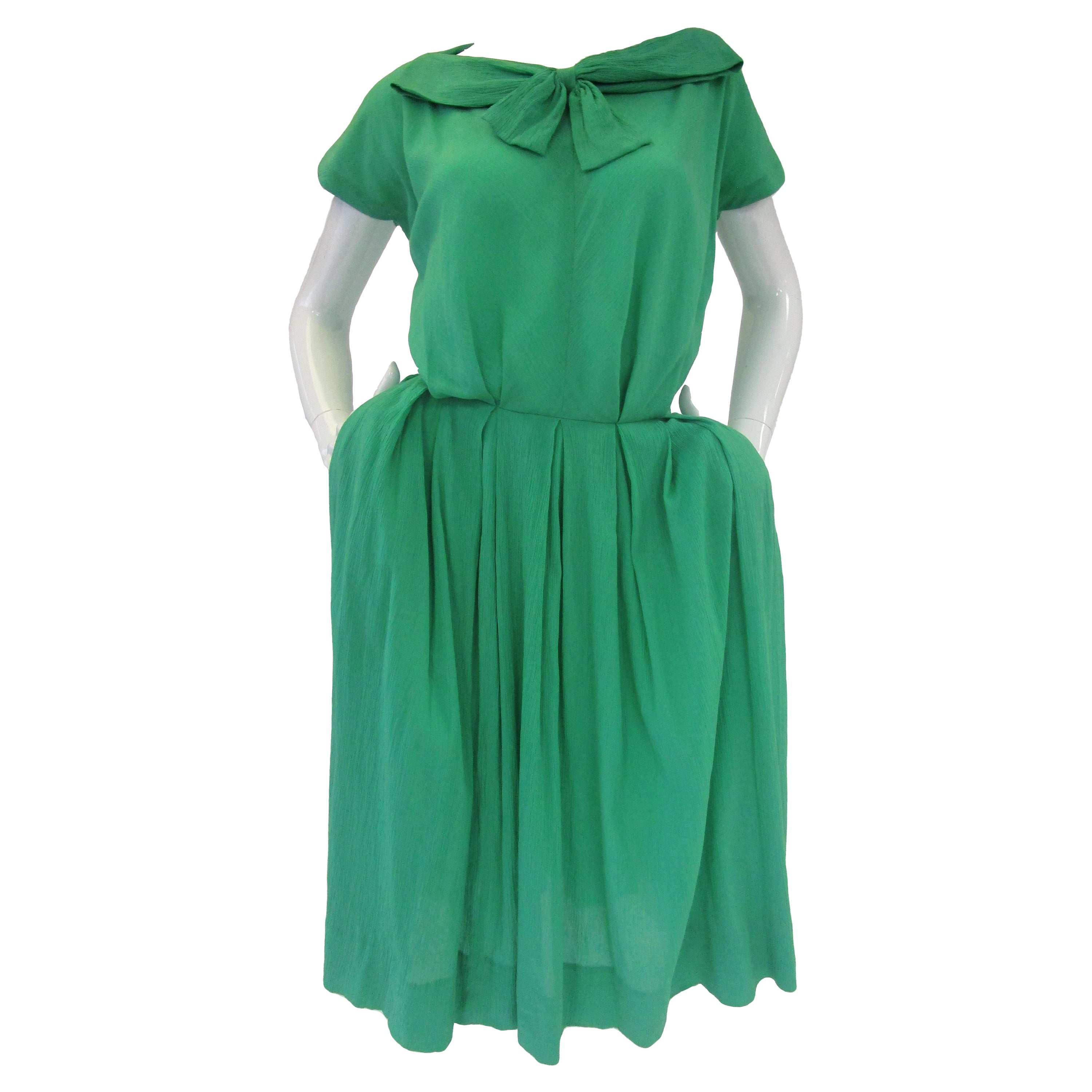 1950's Claire McCardell for Townley Kelly Green Crinkled Viscose Dress