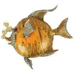 Trifari Gilt Angelfish with Pearl Bubbles