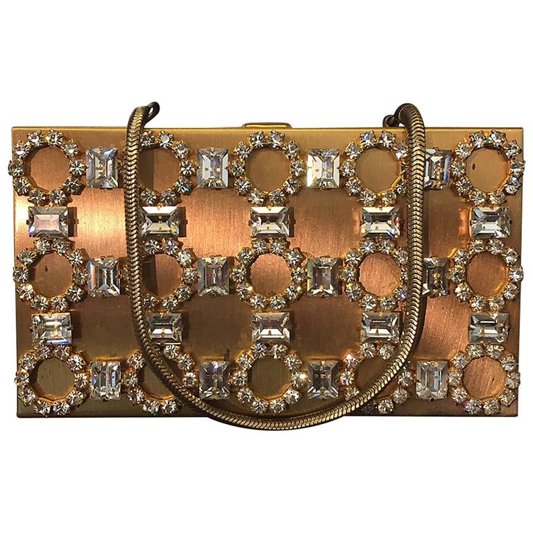 1950s Gold-Tone Rhinestone Encrusted Evening Compact with Chain Handle For Sale