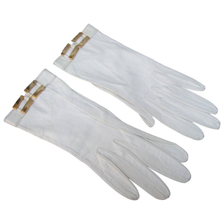 Hermes Paris White Kidskin Leather Gloves ca 1970s