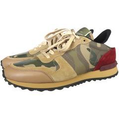 VALENTINO GARAVANI Men's Rockstud Camouflage sneakers trainers *worn once*