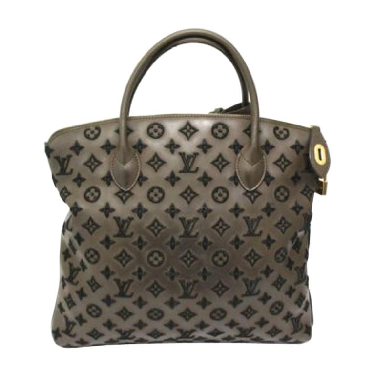 Louis Vuitton Lockit Limited Edition Handbag in Brown Leather & Golden Hardware For Sale