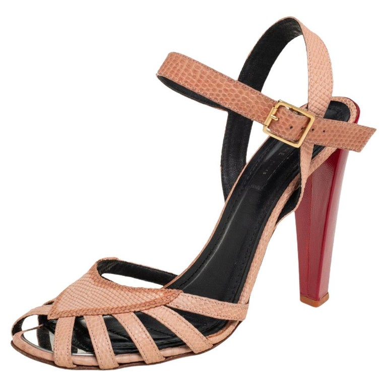 Celine Beige Leather Strappy Sandals Size 39 For Sale