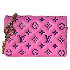 Louis Vuitton Pink/Purple Lambskin Leather Pochette Coussin Crossbody/Clutch Bag