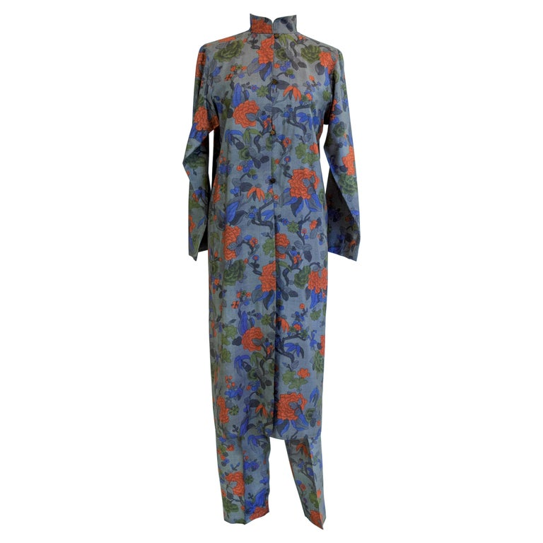 Yves Saint Laurent Rive Gauche set in printed silk number 55220 Fall Winter 1979 For Sale