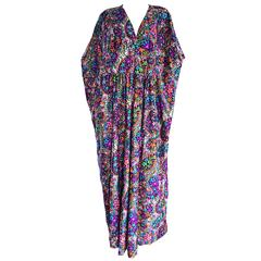 Amazing ' Butterflies and Flowers ' Colorful 1970s 70s Vintage Caftan Dress