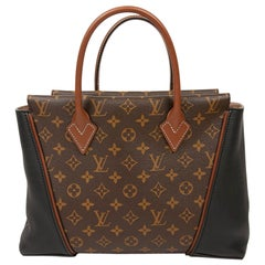 LOUIS VUITTON Tote W Bag in Toile and Leather