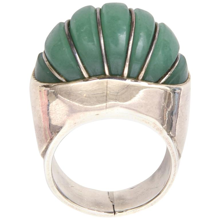 Hallmarked Sculptural Sterling Silver And Jade Dome Ring For Sale